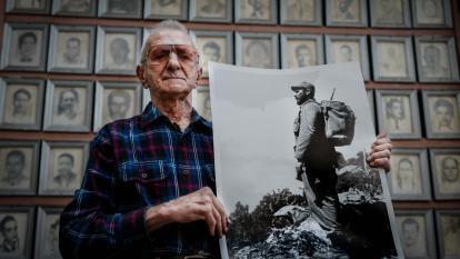 En video | Cuatro cubanos y cuatro visiones sobre una revolución que cumple 60 años