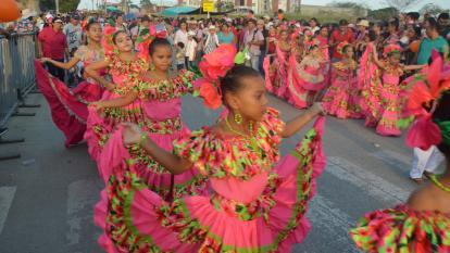 Los niños ponen a bailar la tradición en Sincelejo