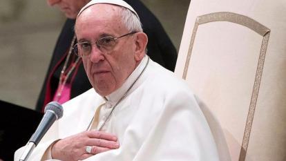 Papa condena atentado en Colombia y ora para que se preserve la paz