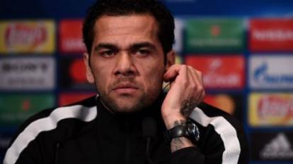 Dani Alves fue robado en su casa durante un partido con el PSG