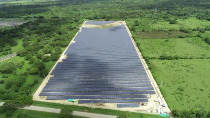Inauguran la granja solar más grande de la Región Caribe