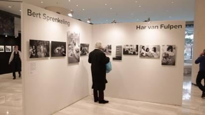 50 años después, reaparecen imágenes de John Lennon y Yoko Ono en la cama
