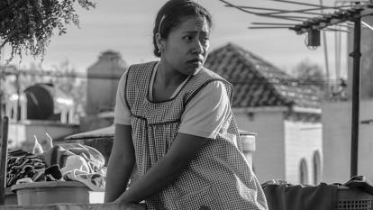 La mexicana Yalitza Aparicio (Cleo) en 'Roma'.