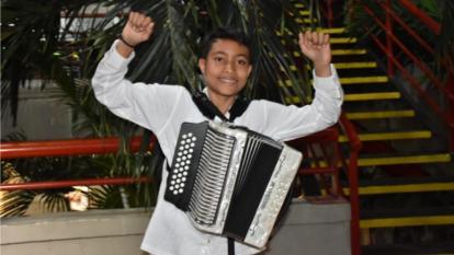 Sergio Luis Noguera Fragozo, mejor acordeonero de la categoría Juvenil.