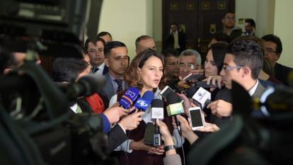 Reforma Política llega 'moribunda' al Senado esta semana
