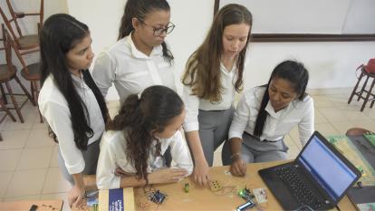 Omnes Braille, una tecnología inclusiva creada por estudiantes barranquilleras