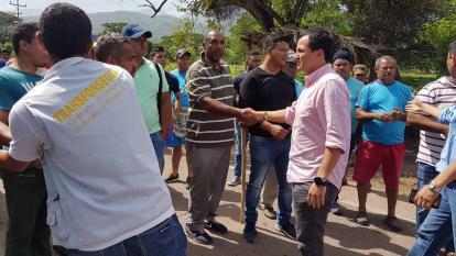 Invías anuncia inversión de $25 mil millones en La Guajira, pero el paro sigue