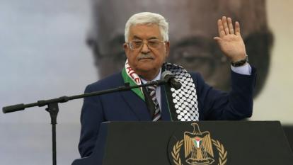 Presidente palestino despidió a sus consejeros