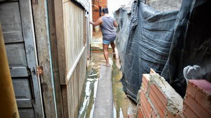 Alerta por aguas estancadas en viviendas de Pinar del Río