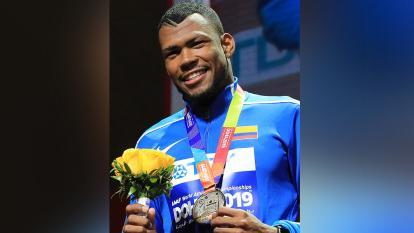 Zambrano, de bicitaxista en Barranquilla a medallista en Doha