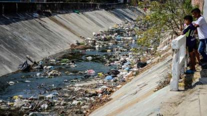 Alerta por proliferación de mosquitos en el arroyo Don Juan