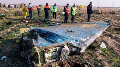 """Irán admite que uno de sus misiles derribó por """"error humano"""" el avión ucraniano"""