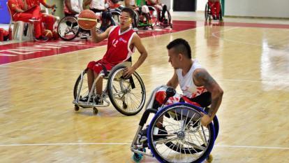 El barranquillero David Calvo (izq.) participando con la selección Atlántico de baloncesto no convencional en los Paranacionales.