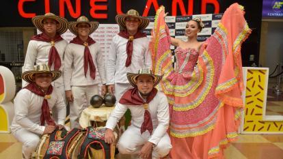 La reina del Carnaval de la 44, Andrea Henríquez.