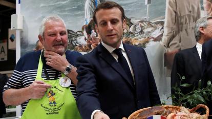 Macron advierte que quizá no haya acuerdo global sobre el Brexit para finales de año