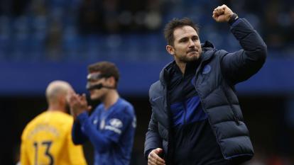 Lampard se impone a Mourinho y el Chelsea se afianza en puestos 'Champions'