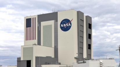 Se trata de un empleado del Centro de Investigación Ames de la NASA, en Silicon Valley.