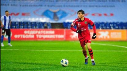 Acción de un partido de la Liga de Tayikistán.