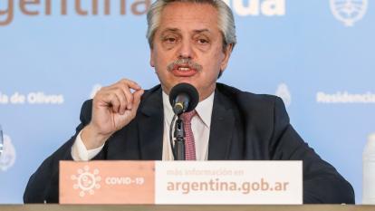 Presidente de Argentina consulta con Gallardo sobre el regreso del fútbol