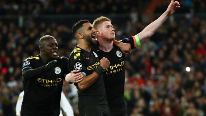 Manchester City celebra luego de vencer al real Madrid en el Bernabéu.