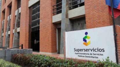 Superservicios averigua si hubo irregularidades en facturación de 3 empresas