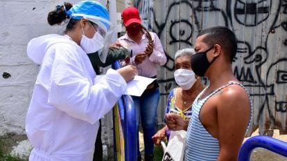 """""""Muchos no han tomado conciencia del virus"""""""