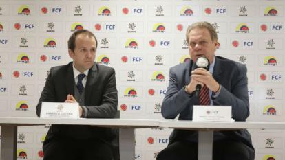 Ernesto Lucena, ministro de Deporte, y Ramón Jesurun, presidente de la FCF.