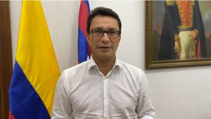 Grupos paramilitares no suplantarán las instituciones del Estado: Caicedo