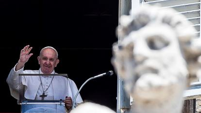 El Papa pide protección de refugiados y del medioambiente durante la pandemia