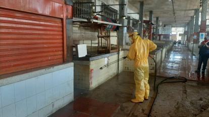 Distrito mantiene lavado y desinfección de áreas públicas en Barranquilla