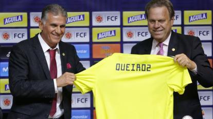 Carlos Queiroz, técnico de la selección Colombia, y Ramón Jesurun, presidente de la FCF.