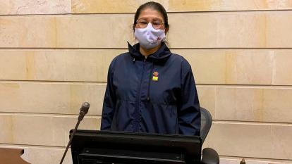 Griselda Lobo, del partido Farc, en el Senado.
