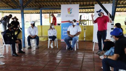 Aspecto de la reunión realizada ayer en Puerto Colombia.
