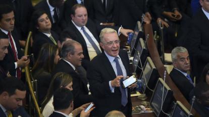 Bancada del Centro Democrático durante un debate en la plenaria del Senado de la República.