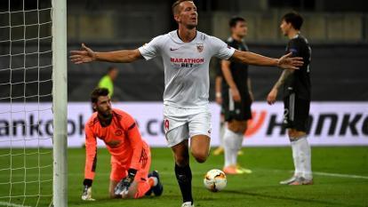 Luuk de Jong convirtió el gol del triunfo para la victoria del Sevilla.