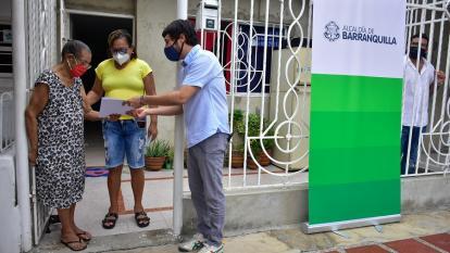 Alcaldía de Barranquilla entregó titulos de propiedad en Galán