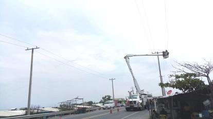 Avanza proyecto de normalización de energía en Puebloviejo