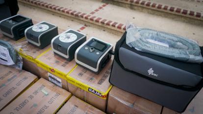 Distrito recibe 40 respiradores no invasivos desde Emiratos Árabes Unidos
