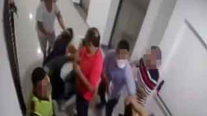 En video   Brutal agresión a dos mujeres que hicieron un reclamo