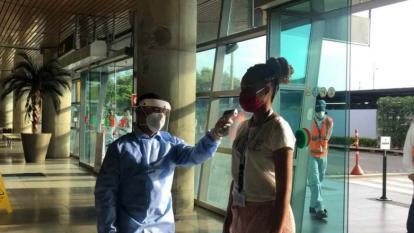 Medidas de bioseguridad en el aeropuerto Rafael Núñez.
