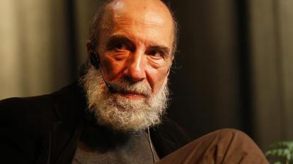 Raúl Zurita recibe Premio Reina Sofía de Poesía Iberoamericana