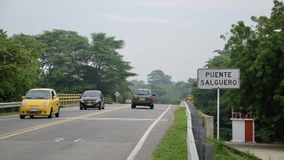 La vía actual Valledupar-La Paz sobre el puente Salguero tiene 16,7 kilómetros.