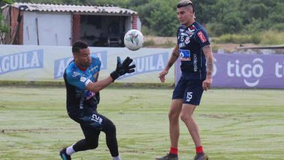 José Luis Chunga y Michael Rangel estarán en la titular de Junior que enfrentará hoy a Patriotas en Tunja.