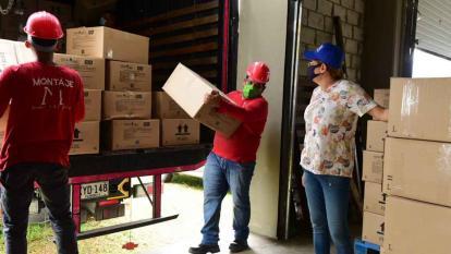 Atlántico recibe 4 mil cajas con elementos de protección