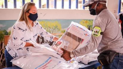 526 kits escolares para preescolar de siete instituciones de Cartagena