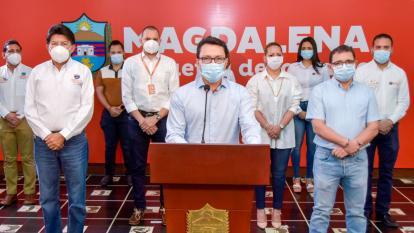 Caicedo acusa al DNP de aliarse con alcaldes para fraccionar regalías