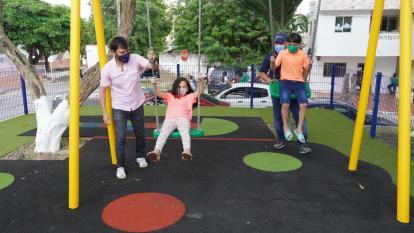 Nuevo parque del barrio Olaya rinde homenaje a uno de sus líderes
