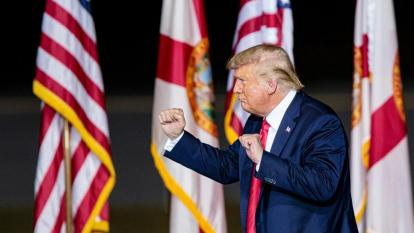 Trump vota en Florida, antes de que Obama haga campaña a Biden en Miami