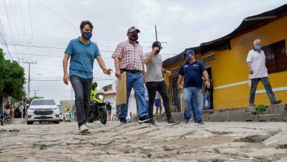 Alcalde recorre barrios de Barranquilla para socializar obras