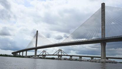 En video   Adjudican obras complementarias del Puente Pumarejo